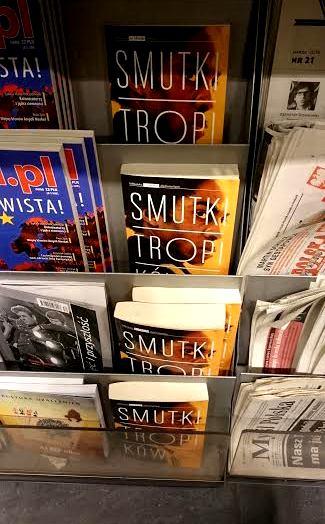 """""""Smutki..."""" na półkach Empiku w Warszawie"""