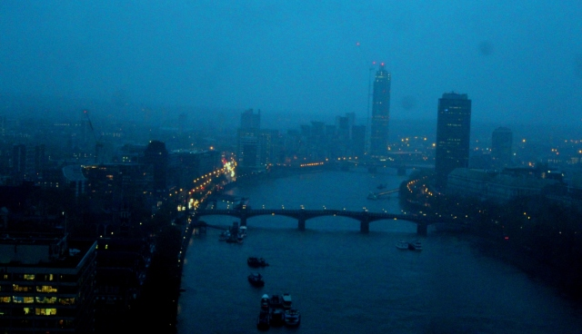 London fog night
